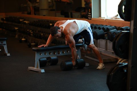resistance-training-rest-periods-new-research-building-muscle_bsm
